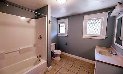 Bathroom, 506 Prospect Avenue Southeast, Unit 2, 2