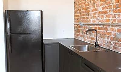 Kitchen, 484 Brainard St, 2