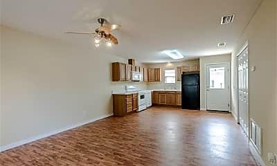 Living Room, 1791 N Pine St, 1