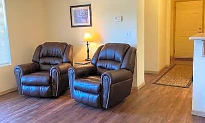 Living Room, 913 Westridge Dr, 1