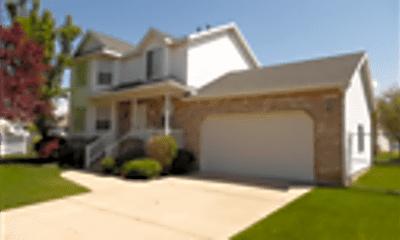 Building, 2386 N 875 W, 1