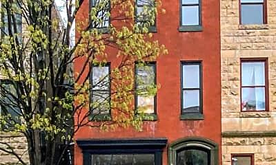 Building, 1716 St Paul St, 2