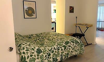 Bedroom, 2987 Kalakaua Ave, 1