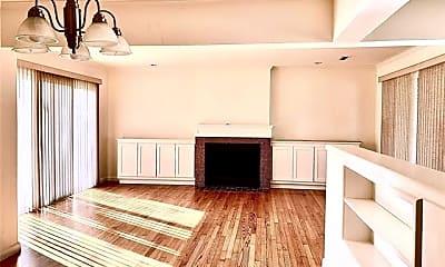 Living Room, 6164 Ravendale Ln, 1