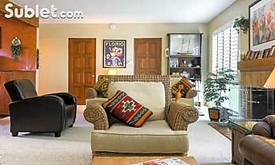 Living Room, 2908 Hillcrest Rd, 1