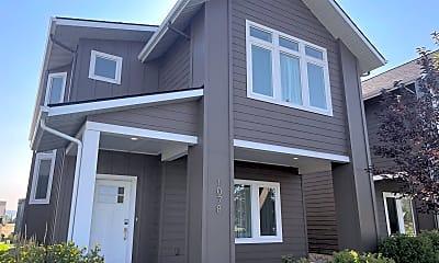 Building, 1078 Oak Park Dr, 1