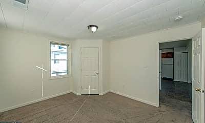 Bedroom, 2007 Breitwert Ave, 1