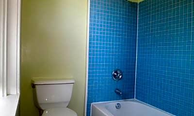 Bathroom, 1921 Fairmount Ave, 2