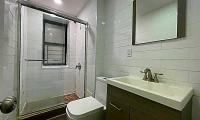 Bathroom, 100 W 143rd St 8, 2