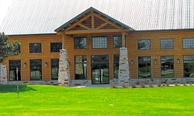 Building, 1000 Lakewood Dr, 1