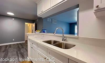 Kitchen, 9147 Van Nuys Blvd, 2