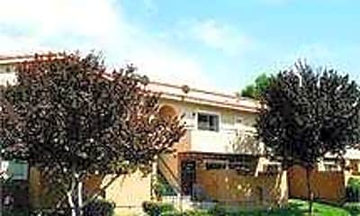 Building, Aventerra Apartment Homes, 0