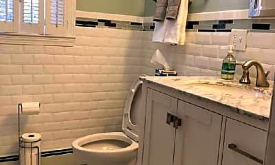 Bathroom, 18 Pond St, 1