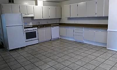 Kitchen, 6240 Woodward St, 1