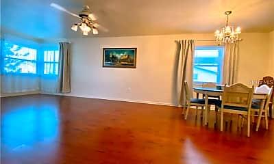 Living Room, 5920 18th St N 14, 1