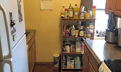 Kitchen, 404 Meridian St, 2