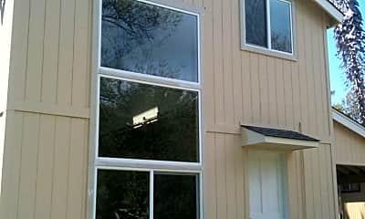 Building, 1318 River St, 2