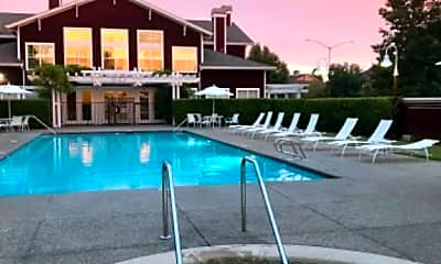 Pool, 27 Marina Lakes Dr, 2