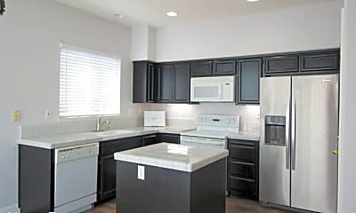 Kitchen, 2185 Winterhaven Cir, 2