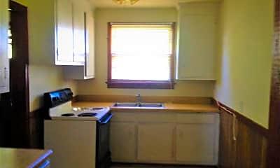 Kitchen, 3104 Glenoa Rd, 1