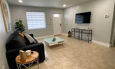 Living Room, 1089 Trail Terrace Dr A/B, 1
