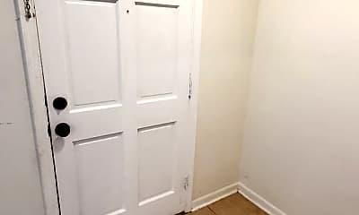 Bathroom, 8915 Hunter Ridge Dr, 1
