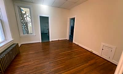 Living Room, 429 N Locust St, 0