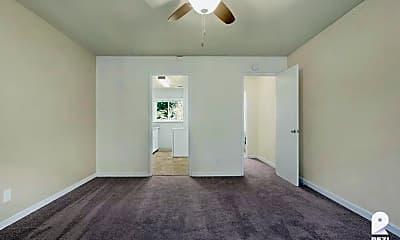Bedroom, 420 S 3rd St #17, 1