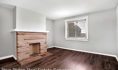 Living Room, 527 Ottillia St, 1