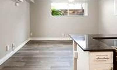 Kitchen, 335 S 200 E, 2