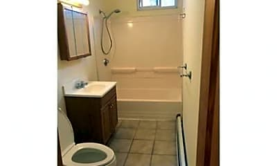 Bathroom, 6 Dudley St, 1