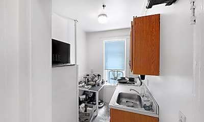Kitchen, 137 Park Drive #33, 2