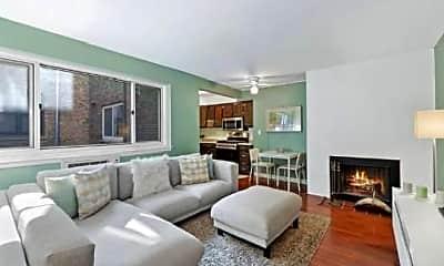 Living Room, 1027 N Riverwalk St, 0