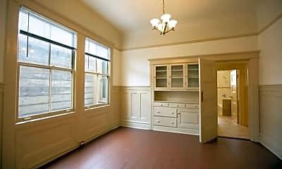 Bedroom, 549 Green St, 1