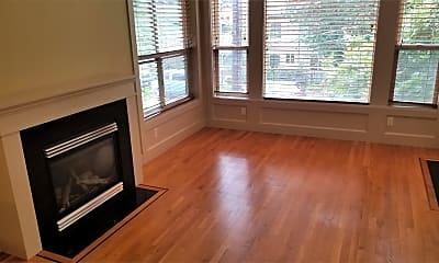 Living Room, 362 Aloha St, 1