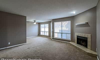 Living Room, 11130 Nieman Rd, 1