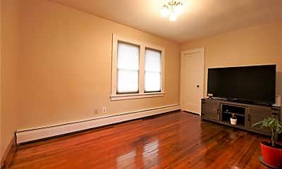 Living Room, 2728 Harrison Ave, 0