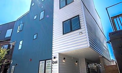 Building, 1344 N Marston St, 2
