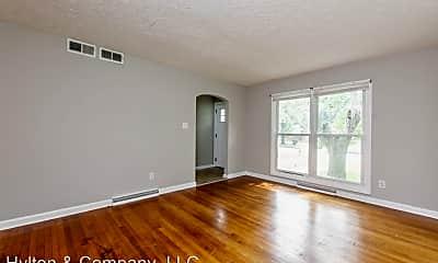 Living Room, 2123 Bishop St, 1