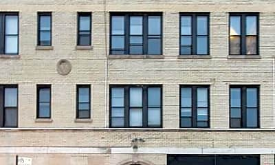 Building, 2704 N Sawyer Ave, 0