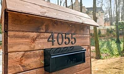 Community Signage, 4055 N Stratford Rd NE, 1