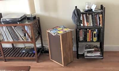 Living Room, 101 Traymore St, 1
