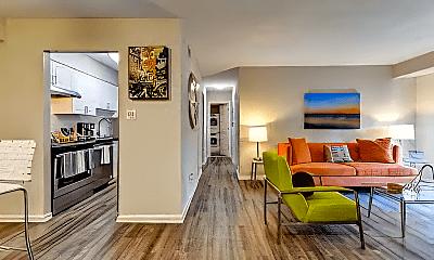 Living Room, 735 Washington Dr, 1