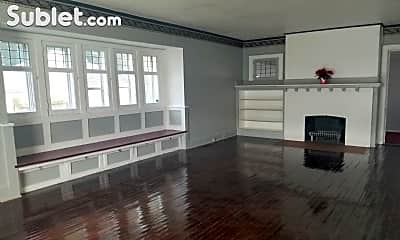 Living Room, 624 Chatham Ct, 1