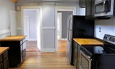 Kitchen, 154 College St, 1