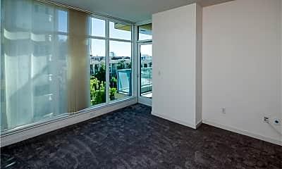 Living Room, 400 W Ocean Blvd 501, 1