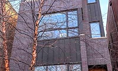 Building, 1131 Addison Unit 3, 0