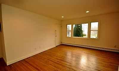 Living Room, 200 Harvey St 7B, 1