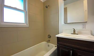 Bathroom, 1914 Clyde Ave, 2