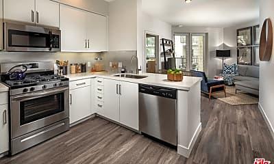 Kitchen, 687 S Hobart Blvd 316, 1